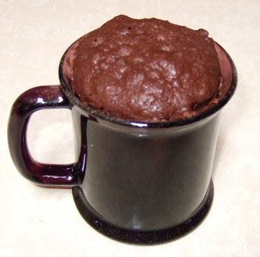 Čokoladni kolač u šolji