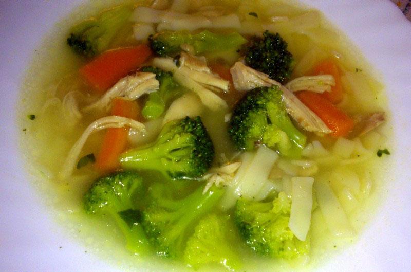 Supica od piletine i povrća