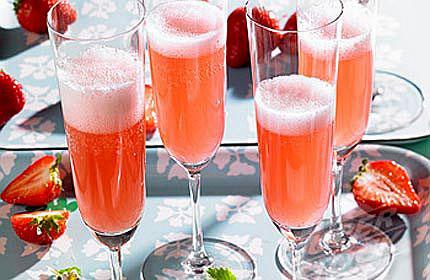 Jagode i šampanjac