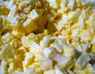 Salata sa jajima