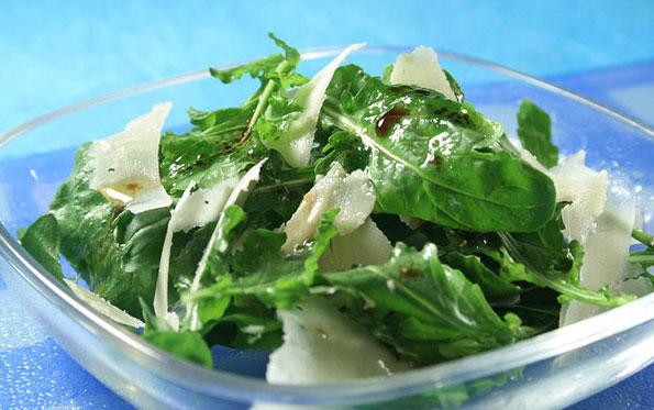 Salata sa rukulom