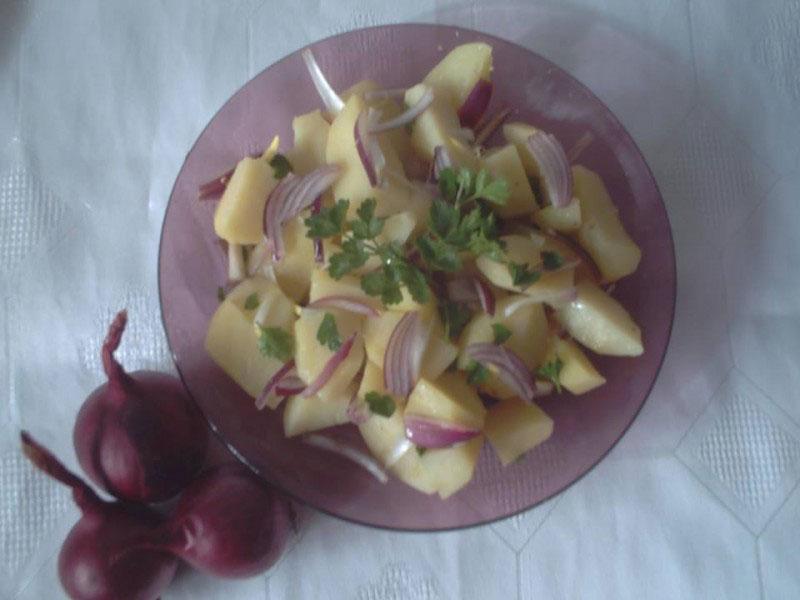 Jednostavna krompir salata