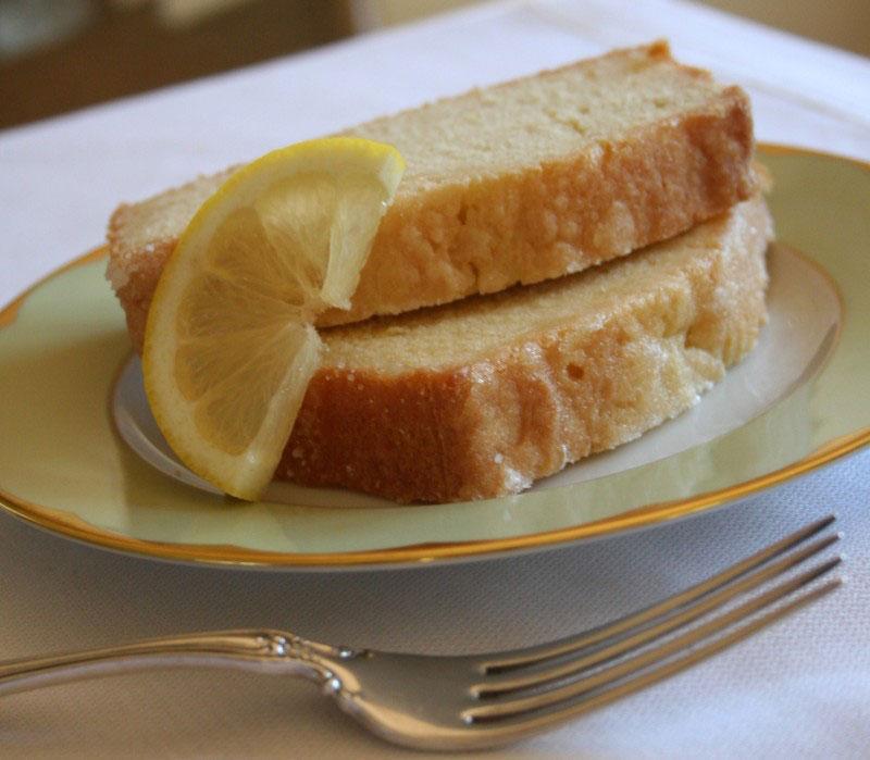 Sočni kolač s limunom