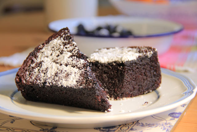 Čokoladni kolač sa maslinovim uljem