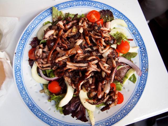 Salata od lignji i graha