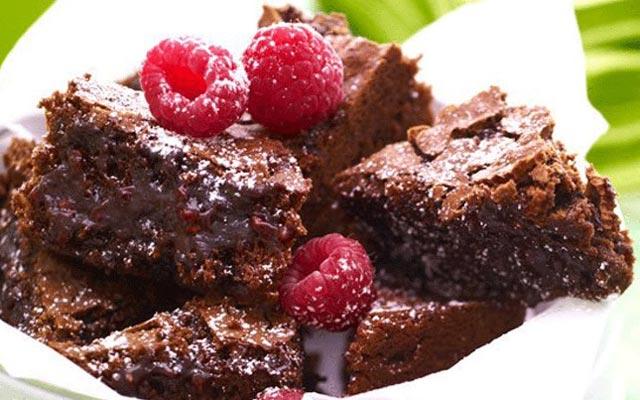 Brownie sa malinama