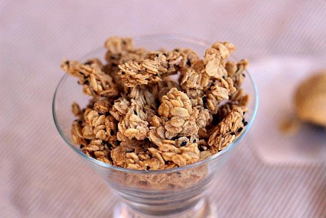 Granola sa medom i orašastim plodovima
