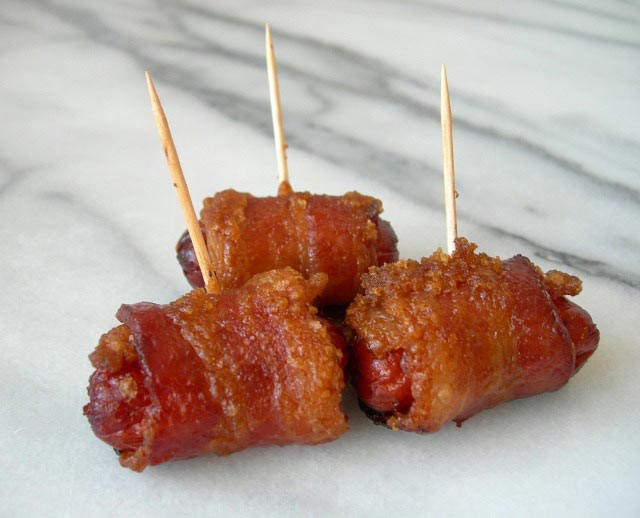 Hrenovke omotane slaninom