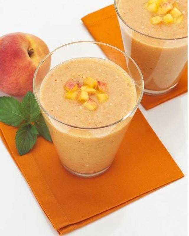Gusti sok od breskve i mrkve