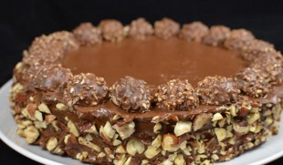 ferrero-rocher-torta1