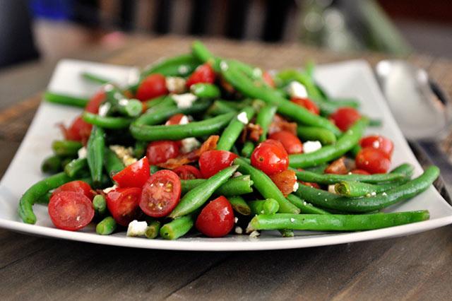 Salata od mahuna i fete