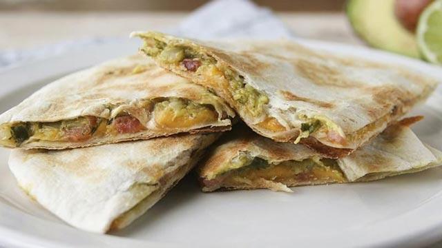 Tortilje sa guacamole sosom