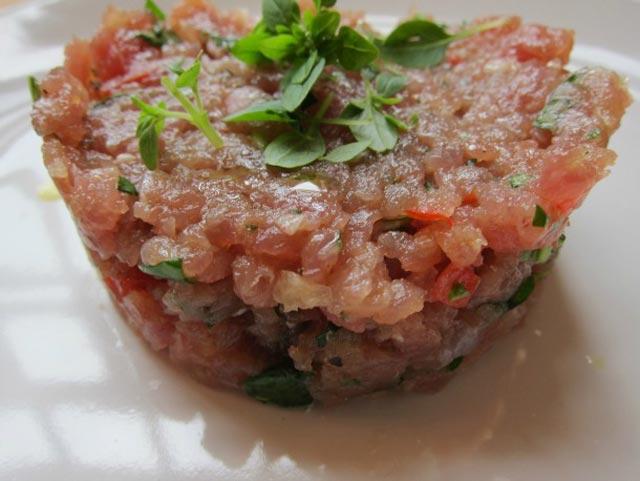 Tuna na tartarski