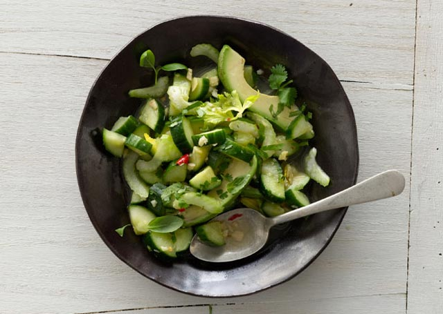 Avokado-krastavac salata