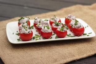 paradajz-punjen-kozijim-sirom1