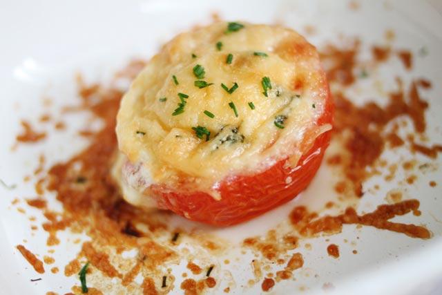 Zapečeni paradajz sa sirom