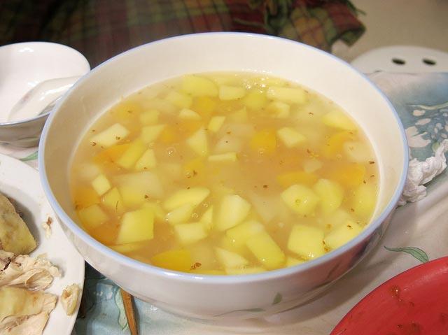 Kompot od jabuka i nektarina