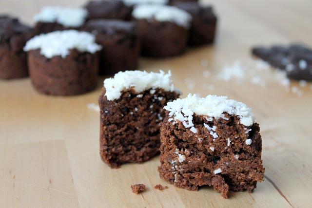 Muffini sa kokosom i čokoladom