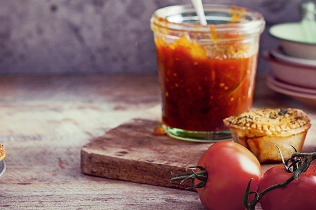 Namaz od paradajza i tikvica