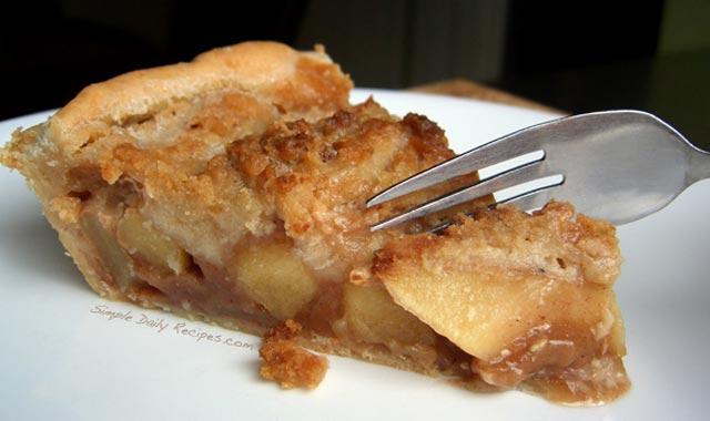 Pita od jabuka sa kremom
