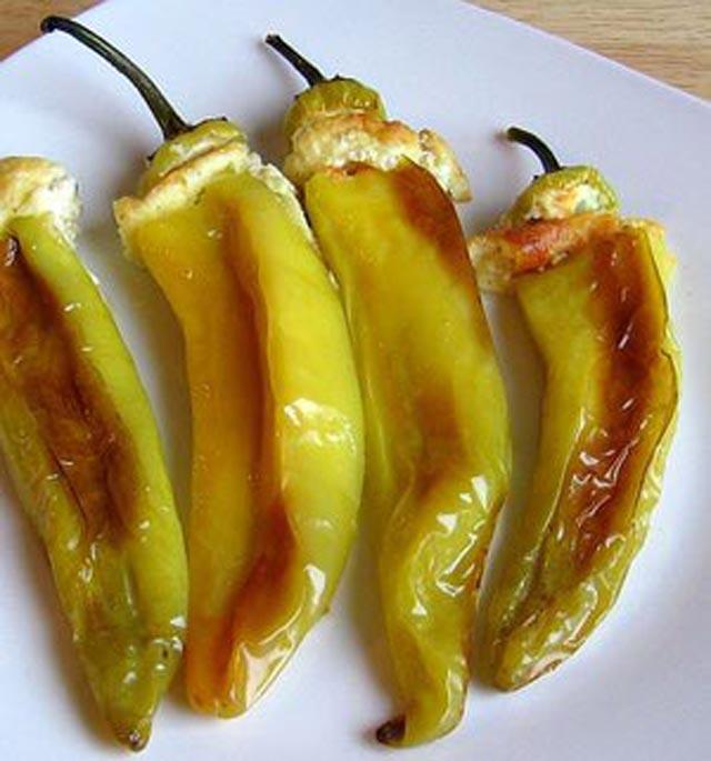 Pržene paprike sa sirom