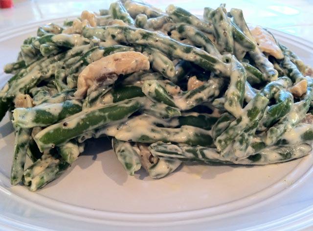 Salata od mahuna i piletine