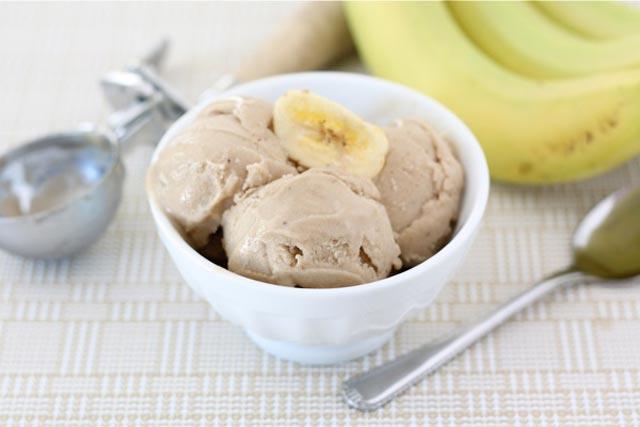 Sladoled od banana i kikirikija