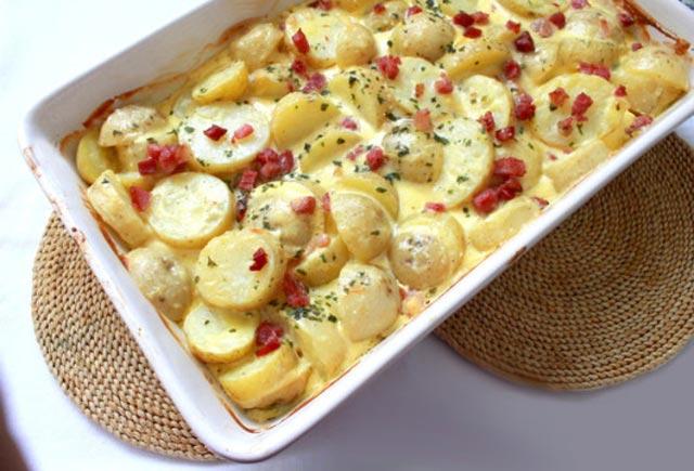 Zapečeni krompir sa slaninom