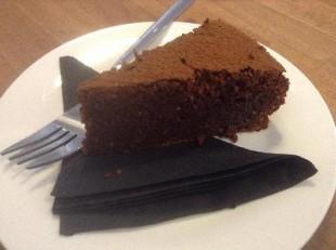bezglutenska-cokoladna-torta1
