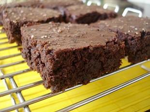cokoladni-kolač-bez-jaja1