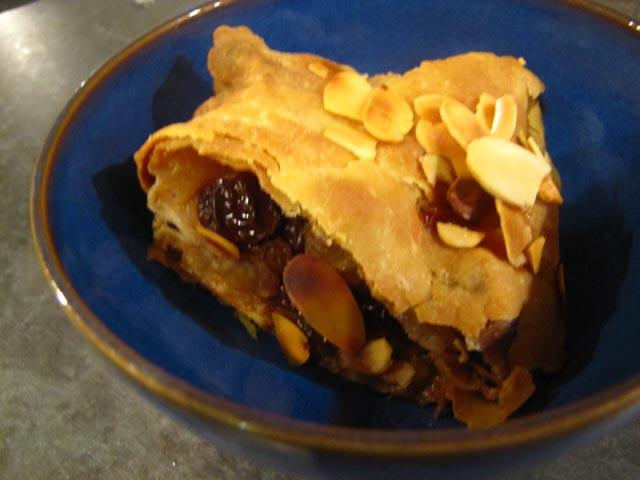 Zaljevena pita od šljiva
