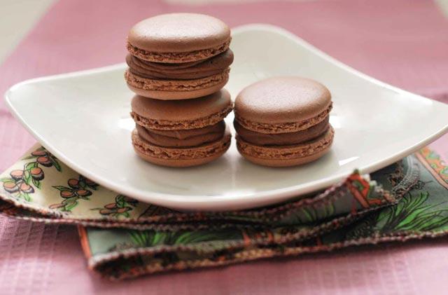 Čokoladni macaronsi