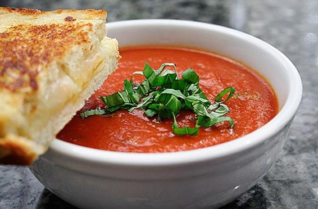 Kremasta brza paradajz čorba
