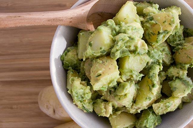 Salata od krompira sa avokadom