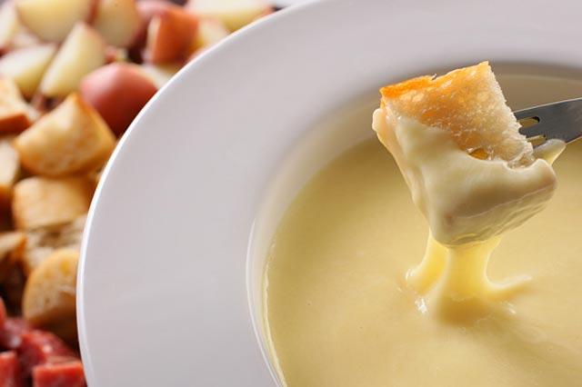 Sirni fondue