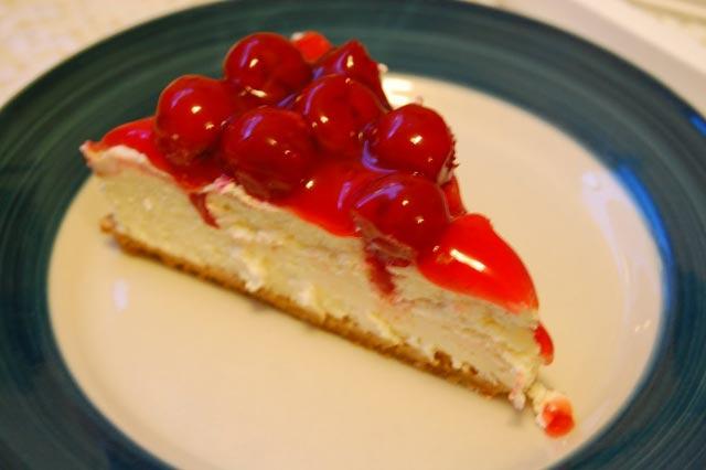 Cheesecake sa višnjama