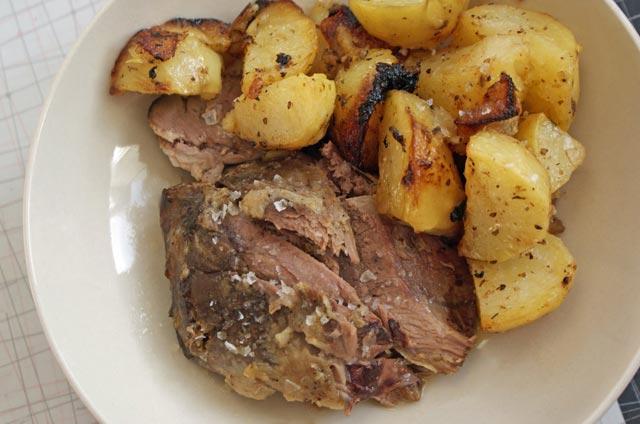 Janjeće pečenje sa krompirom
