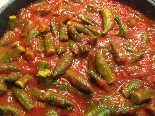 Bamija u paradajz sosu