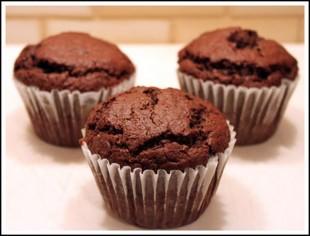 cokoladni-muffini-sa-malinama1
