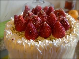 torta-sa-jagodama1