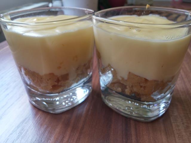 Jabuke u čaši