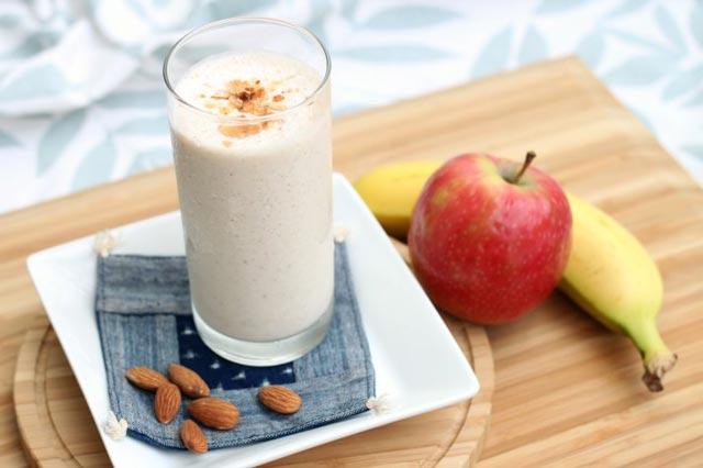 Napitak od banana i jabuke