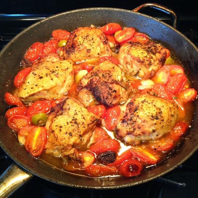 Piletina sa cherry paradajzom i maslinama