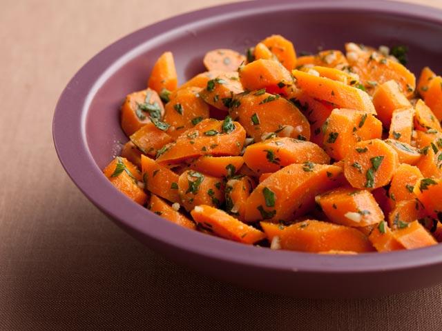 Salata od pečene mrkve