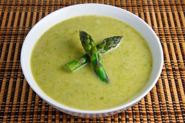 Supa od brokule i šparoga